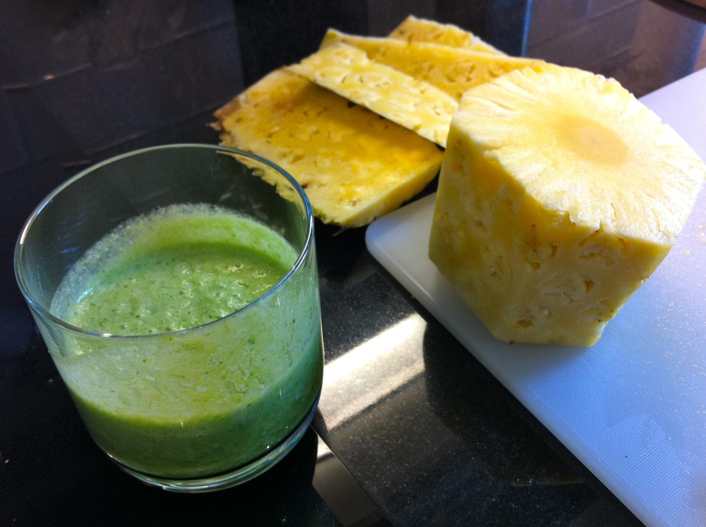 Green Pina Colada Smoothie | Joie de Jenn